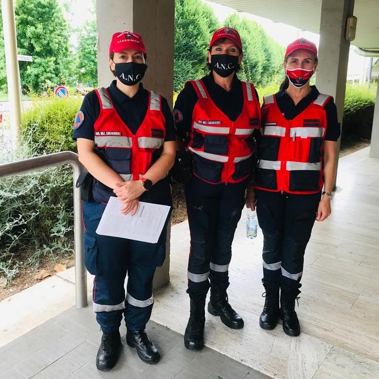 Ospedale Campo di Marte, le nostre volontarie a supporto dell'hub vaccinale